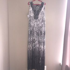 Apt 9 Black and White Maxi Dress